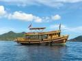 Sairee-Cottage-Diving-Boat